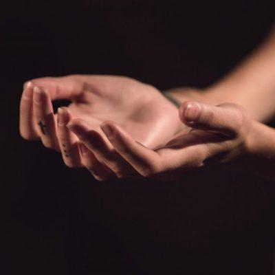 8_healing_hands